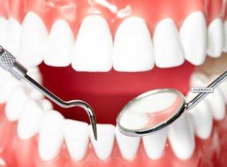 牙龈出血不止怎么办呢