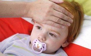 秋天疾病高发季 当心宝宝患上红眼病
