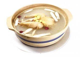 秋冬养生来碗暖胃炖汤