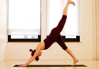 每天1min瑜伽轻松塑美背