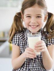 2岁起长期缺钙  5岁蛀牙找上门