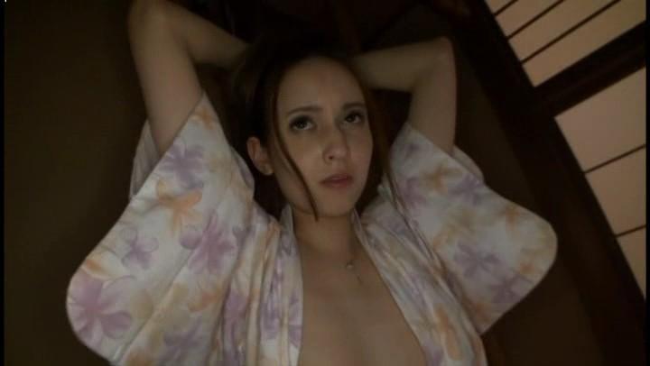 女神泷泽萝拉内涵图大尺度剧透照露胸贴