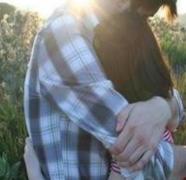 女孩与男孩之间的艰难爱情