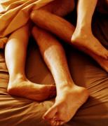 夏季失眠应该怎么办 让和谐性生活来消除
