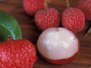 介绍皮肤过敏能吃荔枝吗