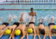 游泳俱乐部英语:跟游训练的应用