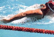 回龙观游泳培训:珍妮·汤普森的蝶泳技术