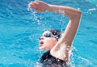 游泳用英语:看看蛙泳