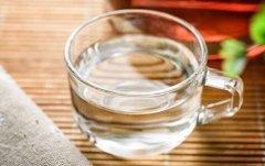 冬季多喝水可预防尿道炎