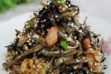 海苔坚果芝麻小鱼干