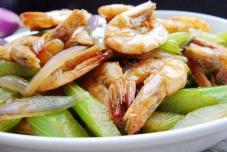 西芹洋葱炒虾