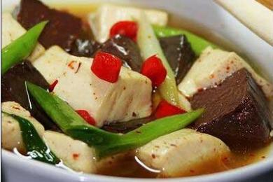 菠菜炖冻豆腐
