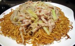 韭黄肉丝炒面