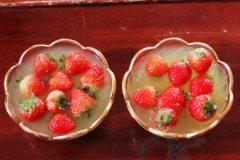 冰冻草莓汤