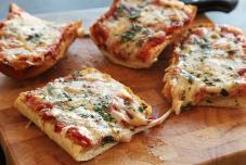 培根脆皮比萨