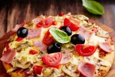 番茄蘑菇比萨