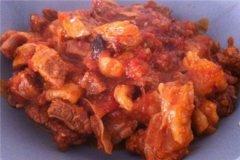 西红柿牛腩炖土豆