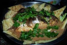 鱼头泡饼锅