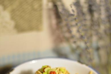 金针菇拌芹菜2