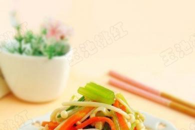 金针菇拌芹菜1