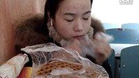 [4爱吃饭的妹子]鸡肉卷+汉堡+华夫饼+炸鸡腿+脆皮年糕+虎皮蛋糕+牛奶燕麦粥  吃播
