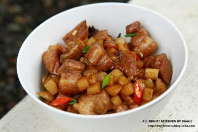红烧肉炖土豆1