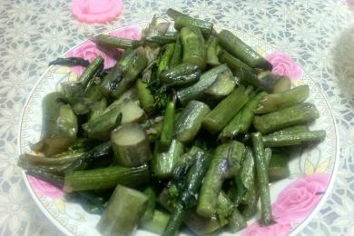 清炒红菜薹4