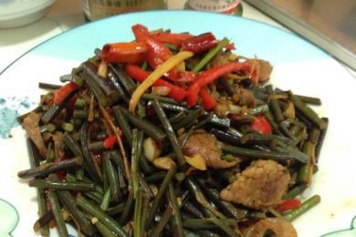 腊肉炒山蕨3