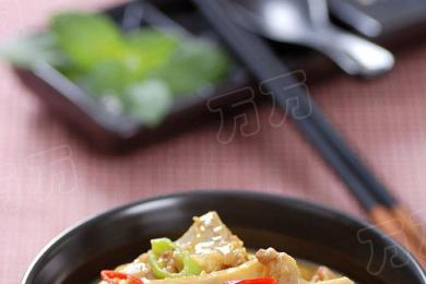 咖喱土豆炖排骨1