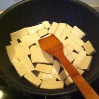 木耳豆腐的做法