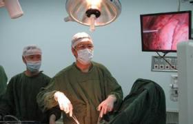 胸腺切除术