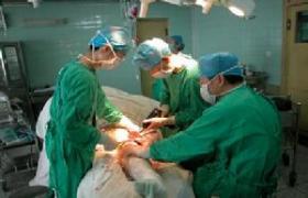 面颈部囊性淋巴管瘤切除术