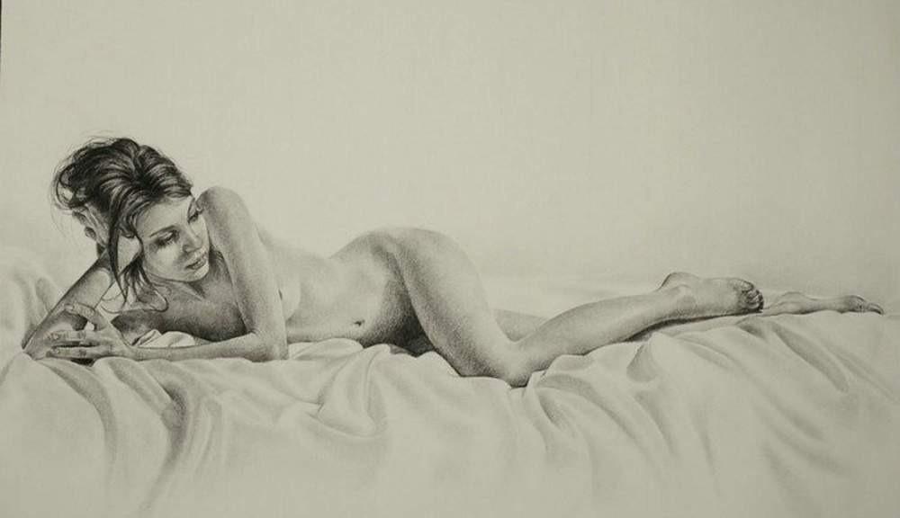 曲线之美,美女人体写生素描