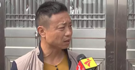 湛江一村被打砸   肇事者近百人且绑红绳持刀棍