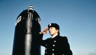 成龙96年凭此片打败周星驰 全球唯一敢用潜艇和洲际导弹