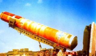 为何中国能保存世界仅有30颗氢弹 而这个人美国人做梦都想弄走