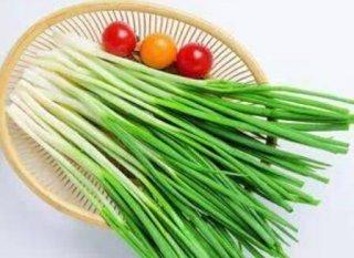 4个月的婴儿能吃葱吗,不小心吃了葱会有什么影响
