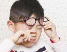 预防儿童近视吃什么好