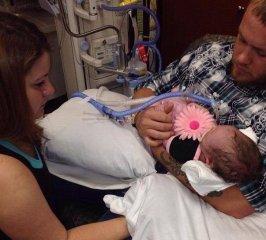 婴儿体型太大,孕妈却拒绝剖腹产,医生使用产钳助产发生意外