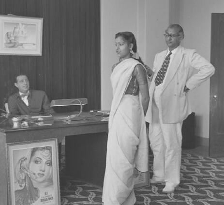 导演导演都一样,印度世界面试女演员罕见全过女生糖堆头像图片