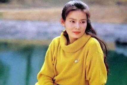 她比刘晓庆有气质,一生拒拍广告,身世坎坷