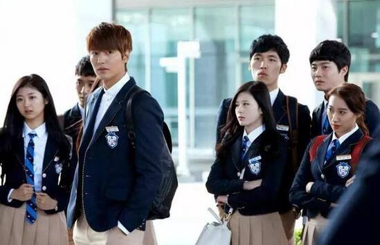 韩国欧巴把妹就缺一套中国校服?看谁还说我高