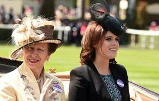 """英国王室""""走后门""""引众怒!凭什么不及格的王子也能去剑桥读书?"""