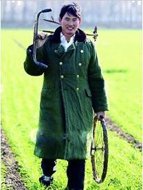 """""""草根""""变噱头?农民歌手也有真假?他虽然是农民,但真正身份然人愤怒"""