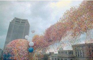 150万颗气球上天的后果竟是悲剧