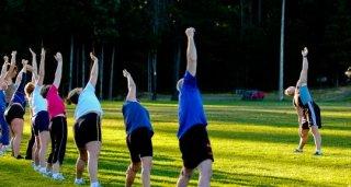 有哪些方法可以预防风湿骨痛侵扰?