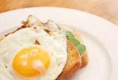 女性早晨吃鸡蛋的惊人好处,万万没想到