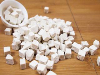 茯苓作为一种中药,有哪些功效和作用?