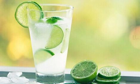 常喝柠檬水对人有哪些好处?