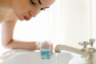 要想防治口臭,采取哪些有效的措施